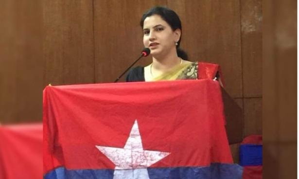 नेकपा एसनिकट युवा संघकी वरिष्ठ उपाध्यक्ष क्रान्ती बुर्लाकाेटी एमालेमा
